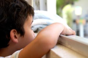 las emociones negativas reprimidas pueden subyacer a los tics