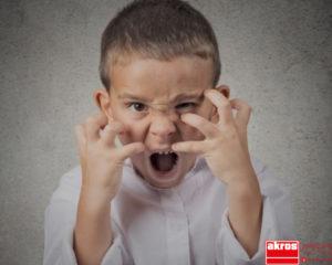 Entre los síntomas más frecuentes del síndrome de Sanfilippo se encuentra la agresividad